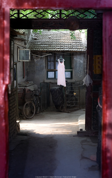 Photo documentation and reserch about differnt, old and modern aspects of Beijing. In preparation for the Feature film 'Lauras Star in china'. Courtyard in the hutongs